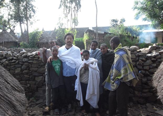 後編1エチオピア正教会の修道士の卵たちと_(1)